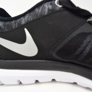 e86787da3eff Nike Shoes - Nike Flex 2014 RN Flash wmns shoes 684761-013